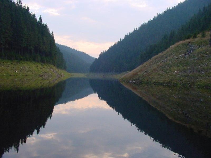 064 Belis lake